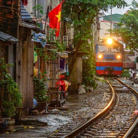 Cajeros y tarjeta SIM en Vietnam | Rutas Salvajes | Viajar Solo en Grupo Organizado