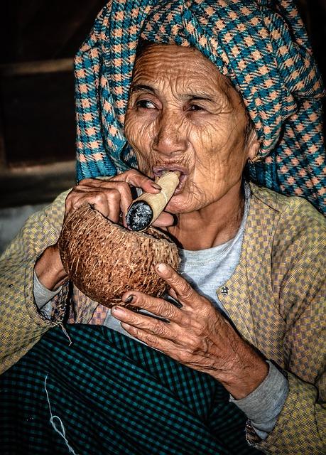 Moneda y cajeros automáticos en Birmania | Rutas Salvajes | Viajar Solo en Grupo Organizado