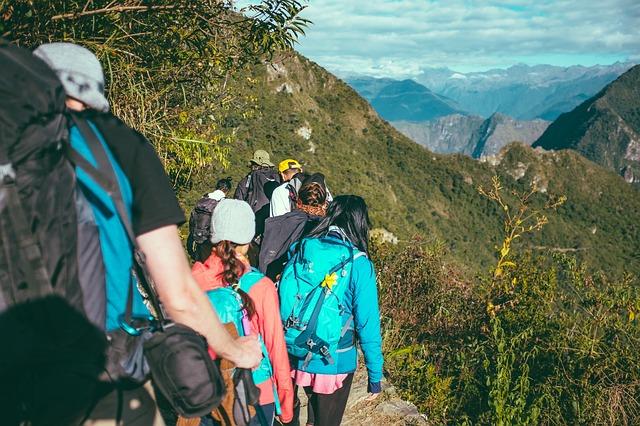 Maneras de viajar   Rutas Salvajes   Viajar Solo en Grupo Organizado