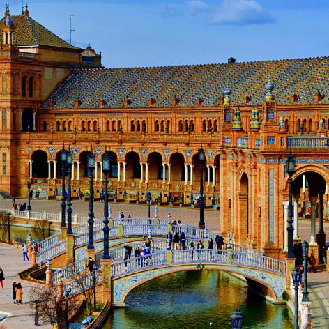 Viaje en grupo a Sevilla | Rutas Salvajes | Viajar Solo en Grupo Organizado